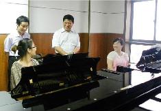 职业院校钢琴教学新思路研究——评《钢琴教学新思路》(附论文PDF版下载)